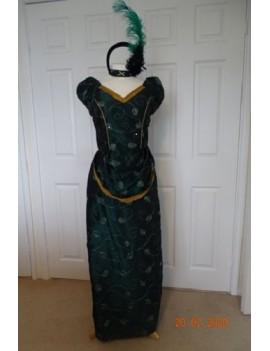 Victorian Lady Emerald Taffeta Bustle