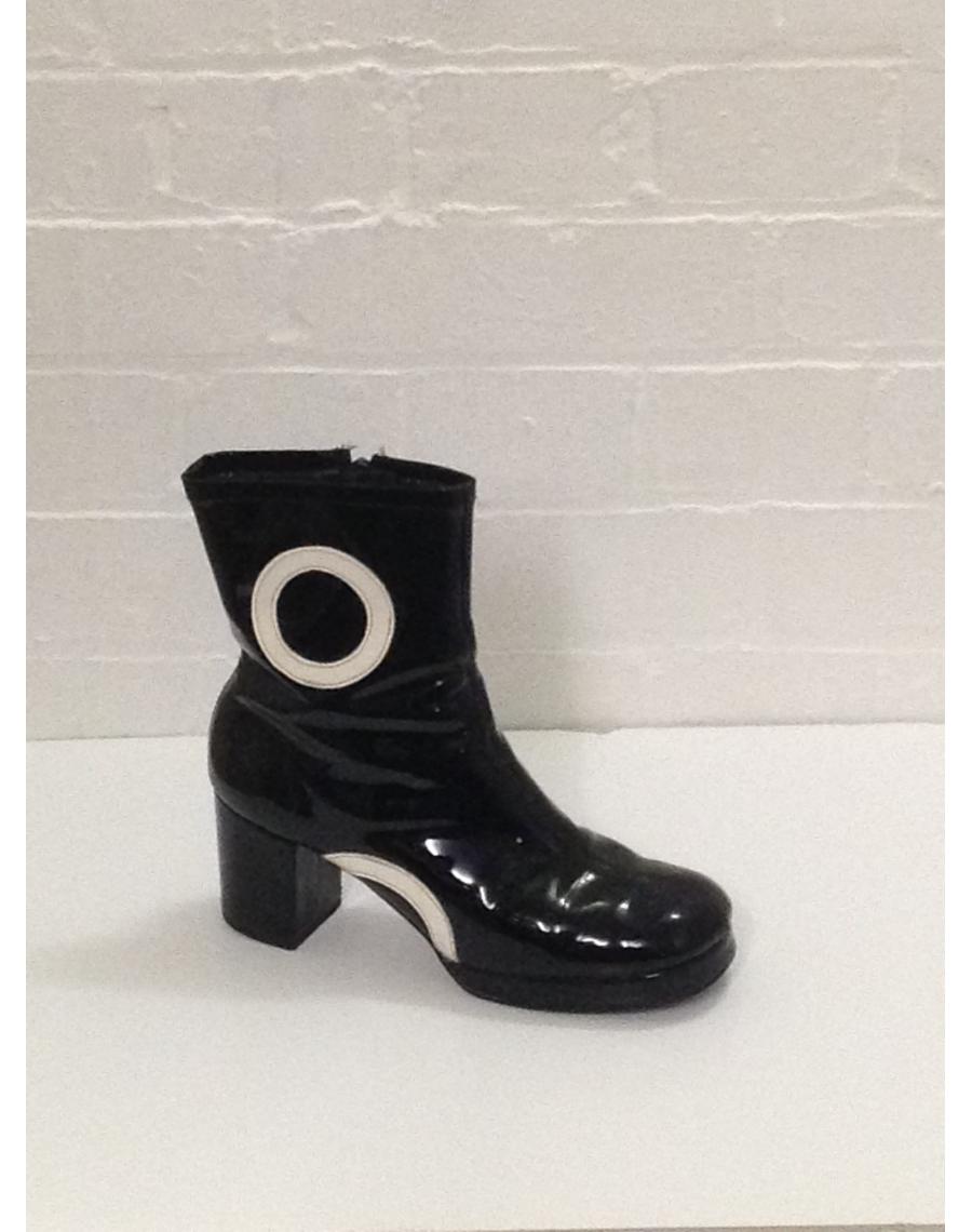 1704863eb03 Boots-Short-Ankle-Biba-Patent-Hire-60s-Rent-PVC