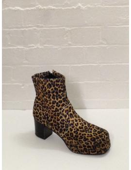 1970s Leopard Print Platform Boots Fantasy Shoes 10